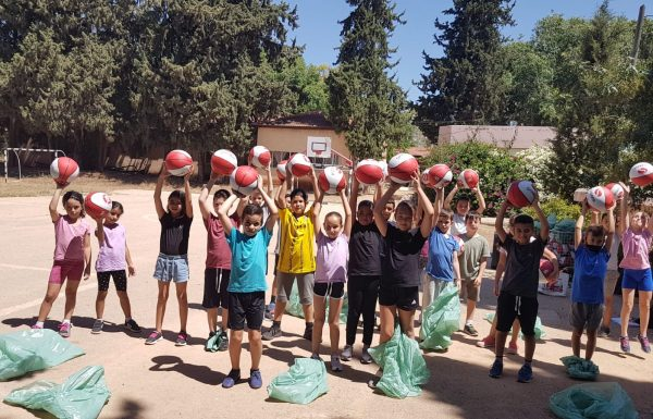 """450 כדורי סל חולקו בפרויקט """"כדור לכל ילד"""""""